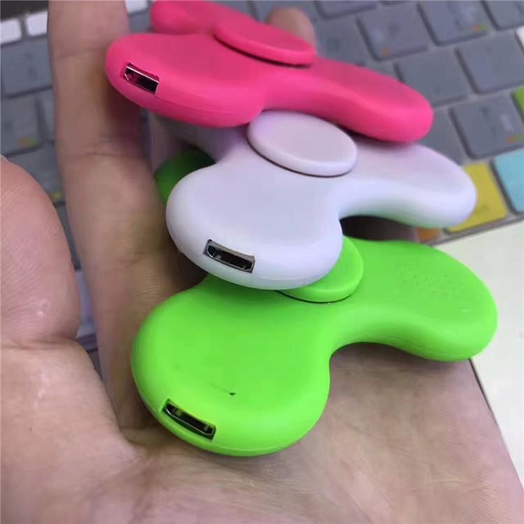 2017 Новые Оптовые Пластиковые 3 Бар Легкой Руки Spinner Игрушки, Свет Ручной Счетчик С Bluetooth Динамик