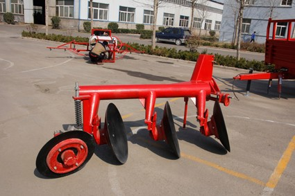 farm machinery one way disc plough