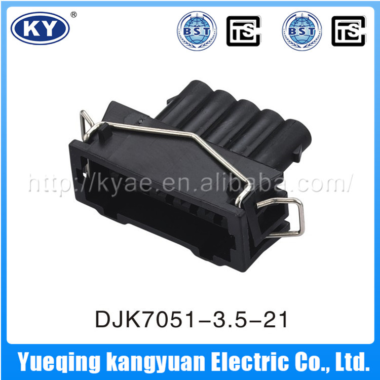 Accept Custom Low Price Guaranteed Quality Automotive Pa66 Gf30 Connector