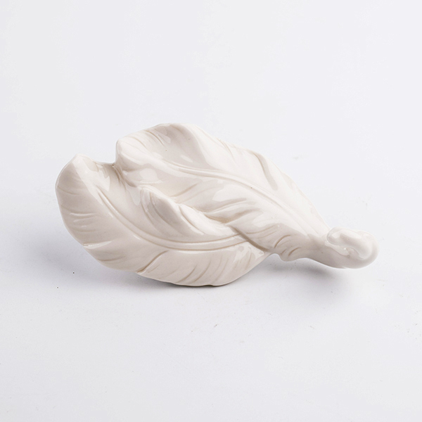 new design porcelain feather shape wall clothes hook for bathroom bed room