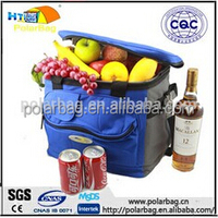 Portable outdoor insulated cooler lunch bag for picnic