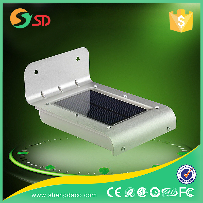 CE RoHS IP65 outdoor waterproof 16 SMD LED garden solar lamp