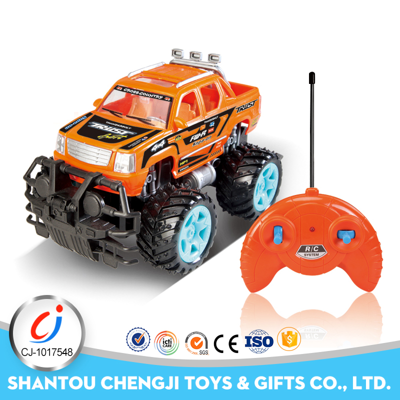New design big 4 Channel powerful 4wd rc trucks monster