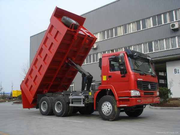 2015 new products SINOTRUK HOWO dump trucks