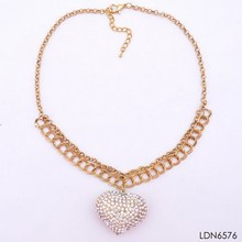 2014 tiny graceful shine double gold chain necklace carved love shape pendant necklace paved Studded diamond china photo factory
