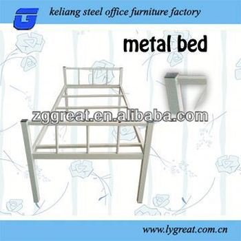 Quality 3 levels metal bunk bed for staff room use