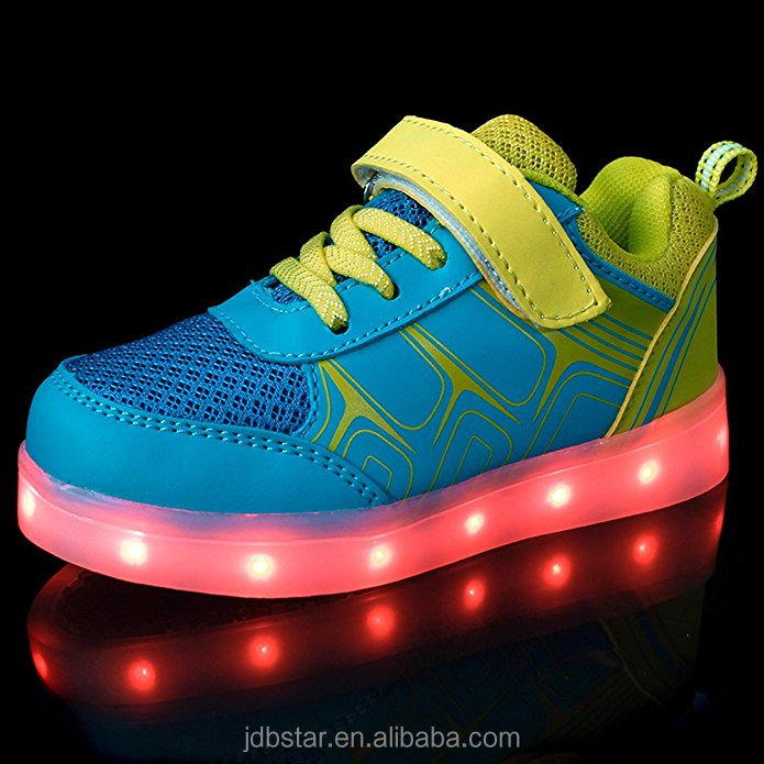 Hot best cheap USB Charging Basket Led Children Shoes With Light Up Kids Casual Boys&Girls Luminous Sneakers Glowing Shoe enfant