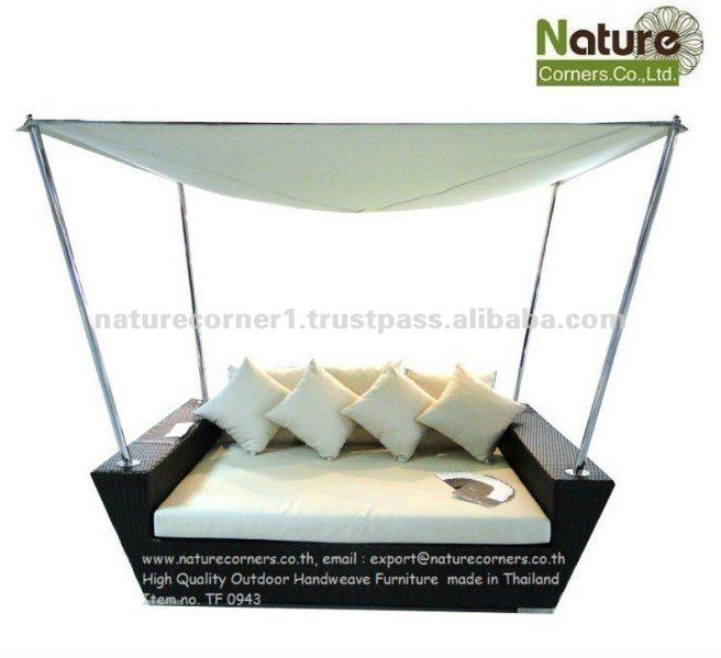 Modern Outdoor Rattan Wicker Day Bed with Canopy