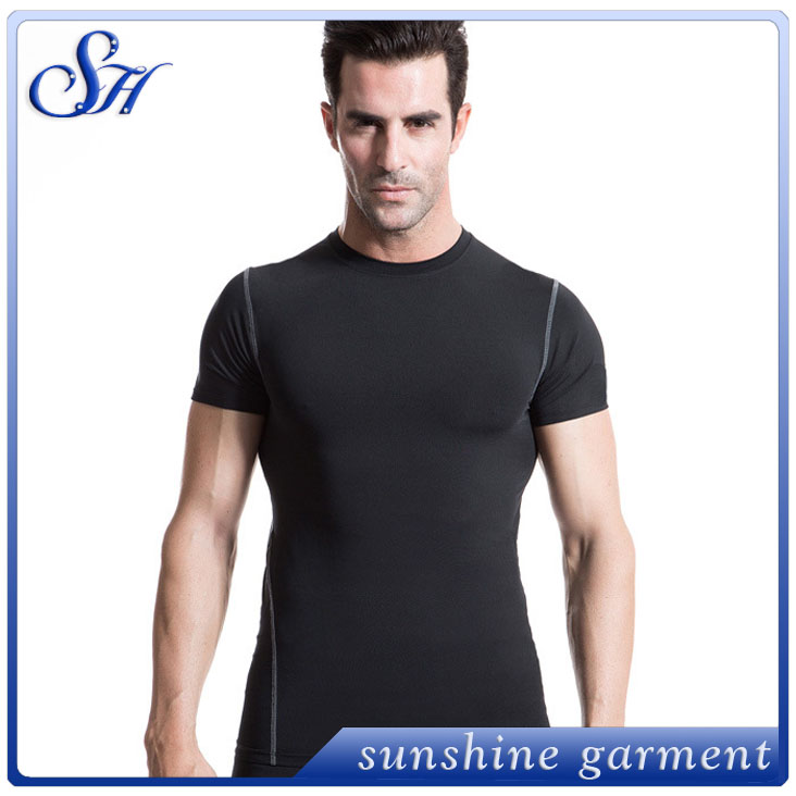 2016 custom design gym low price short sleeve clothing for sexy sport men