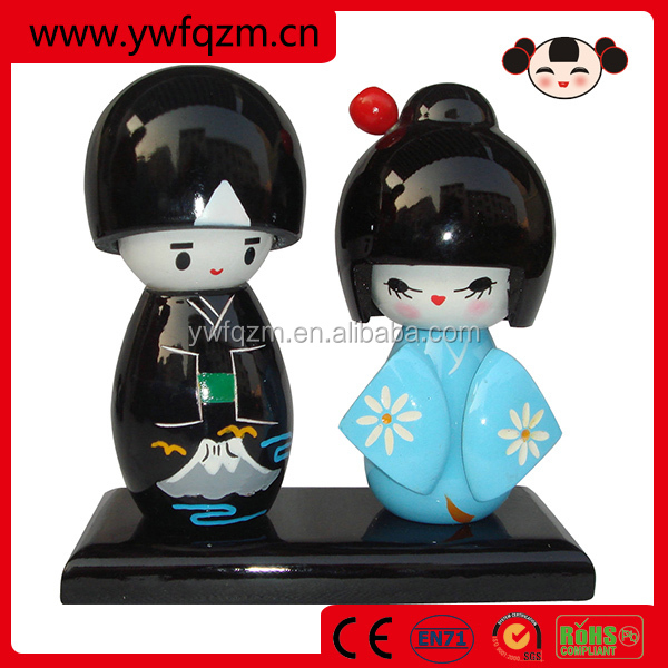 Wholesale Traditional Cute Japanese Wooden Wedding Doll