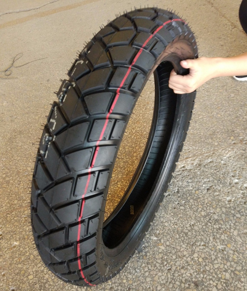 Manufacturer of colored motorcycle tyres 90/90-19 sport Qingdao factory