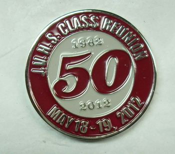 Customized cheap metal lapel pin with gold plated and 50 years logo