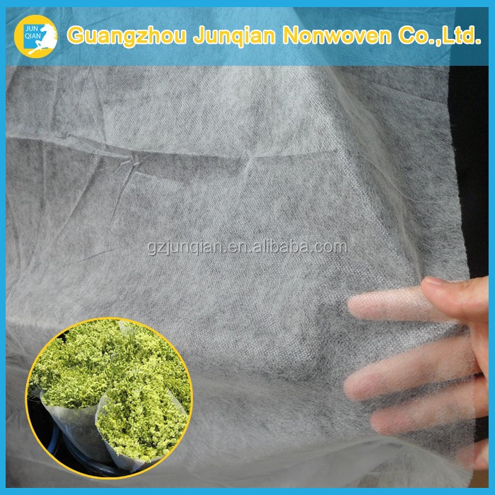 100% Virgin Material PP Spunbonded Non Woven Fabric For Flowers And Gifts Packaging
