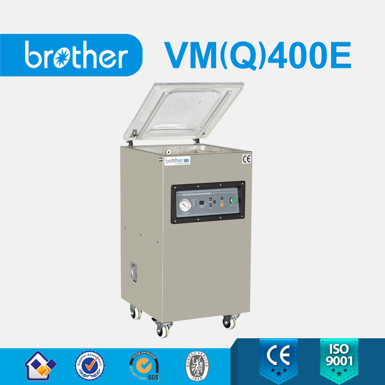 Automatic thermoforming gas flushing skin pack vacuum packaging machine