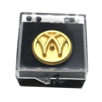 Make  3D letter gold lapel pins with custom logo magnetic  badge