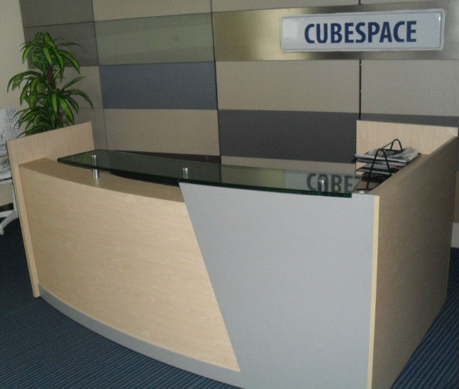 L shape reception, modern front desk