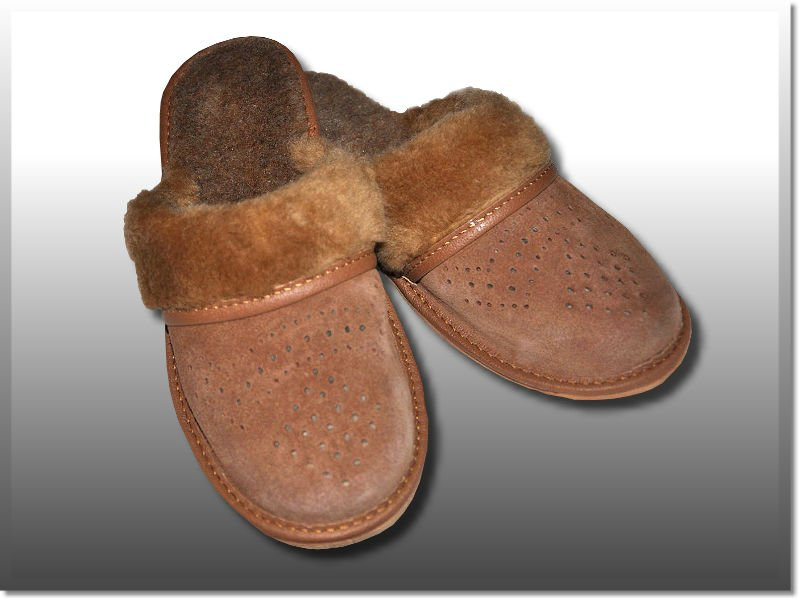 Ladies suede leather, wool insole slippers