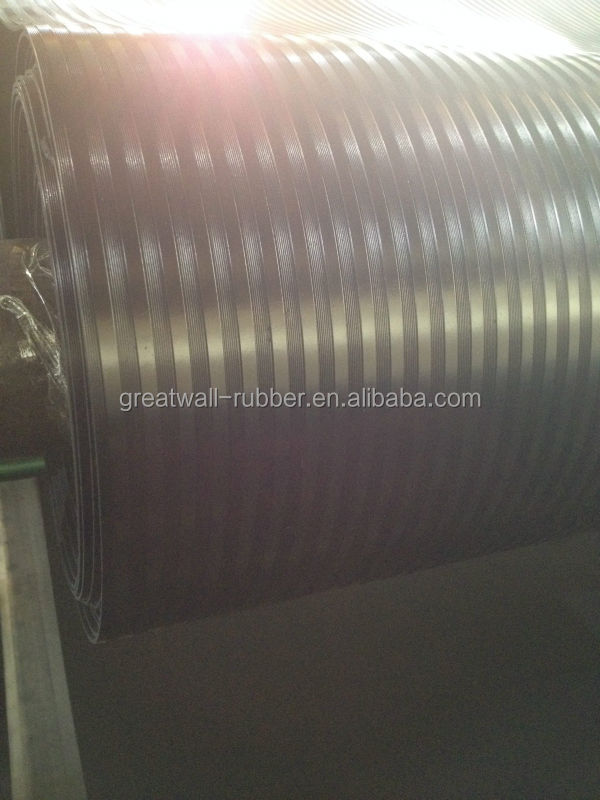Good Water Resistance Black Anti Slip Ribbed Rubber Flooring