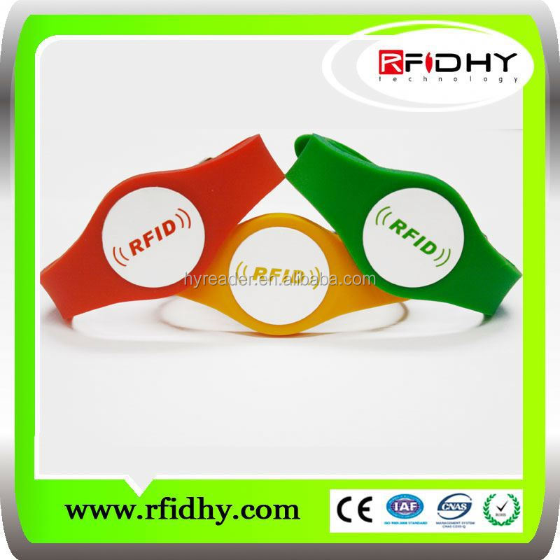 Super quality 125MHz LF ultralight & waterproof Silicone rfid tags price