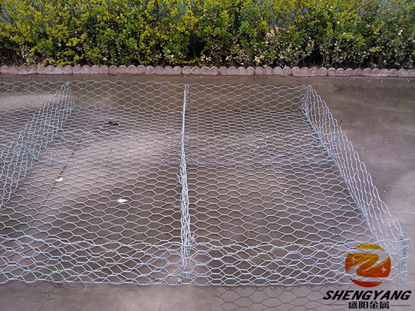 Full automatic machine woven wire mesh cages reservoir river closure stone cages foundation hexagonal wire netting reno mattress