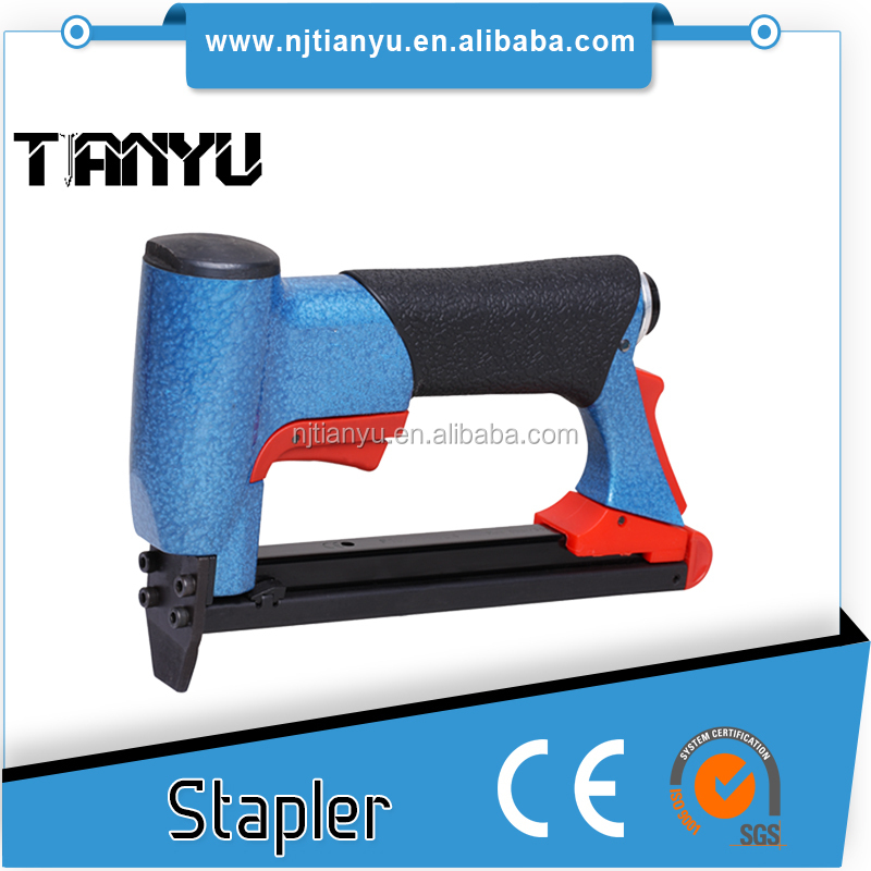 Bea Type 8016 Industrial Air Staple Gun with Long Nose