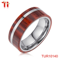 Dual wood setting on the surface of the ring wood, oak wood, wood jewelry