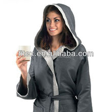 China OEM microfiber bathrobe, bath bathrobe, sport bathrobe with beautiful package, soft, high absorption, dry fast