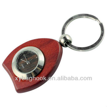 2013 newest Custom wooden clock keychain factory