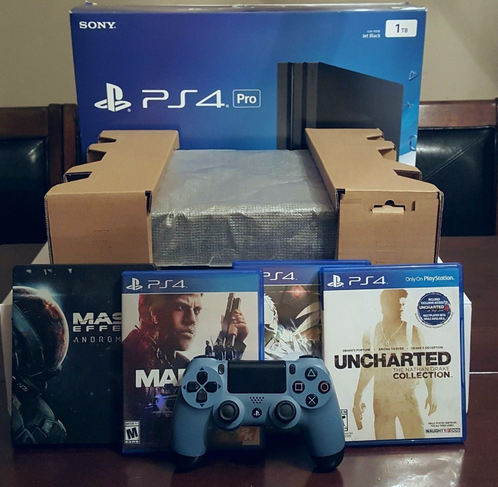 FREE SHIPPING Play Station 4 PS4 PRO Console 1TB 10 GAMES & 2 controllers