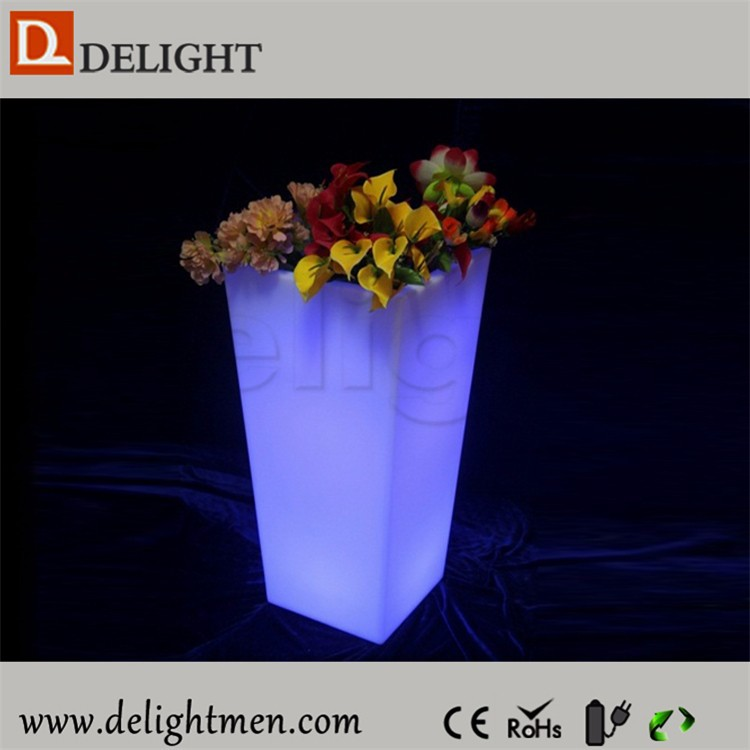 Outdoor color RGB led lighted planter pots remote control led battery pot light/ led outdoor tall flower pot