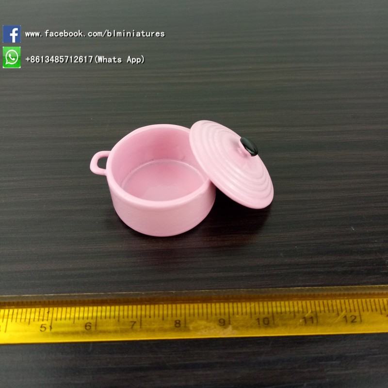 1/12 scale Miniatures kids toys Play Kitchen pink dollhouse pot