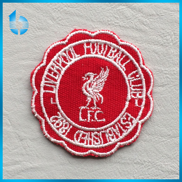Embroidery factory customs decorative embroidered labels custom embroidery patches for casual apparel with free samples