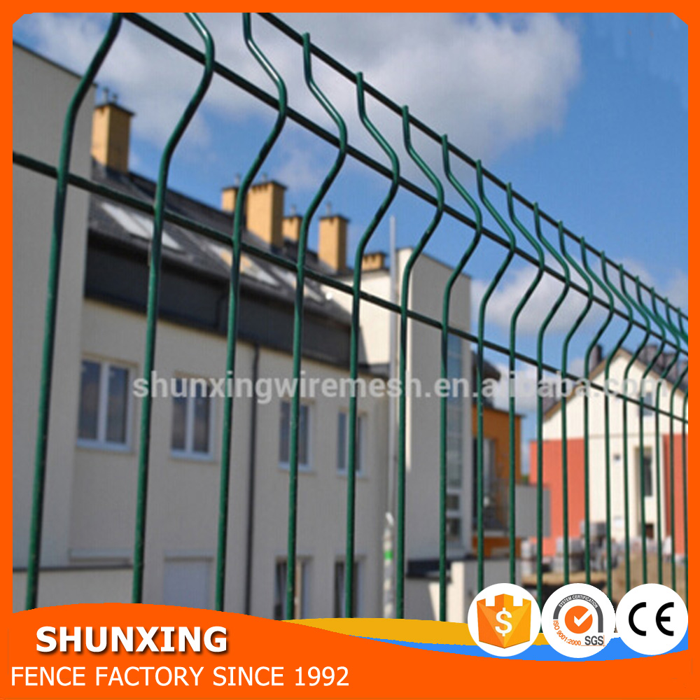Plastic Powder Coated Welded Iron Wire Mesh Fence