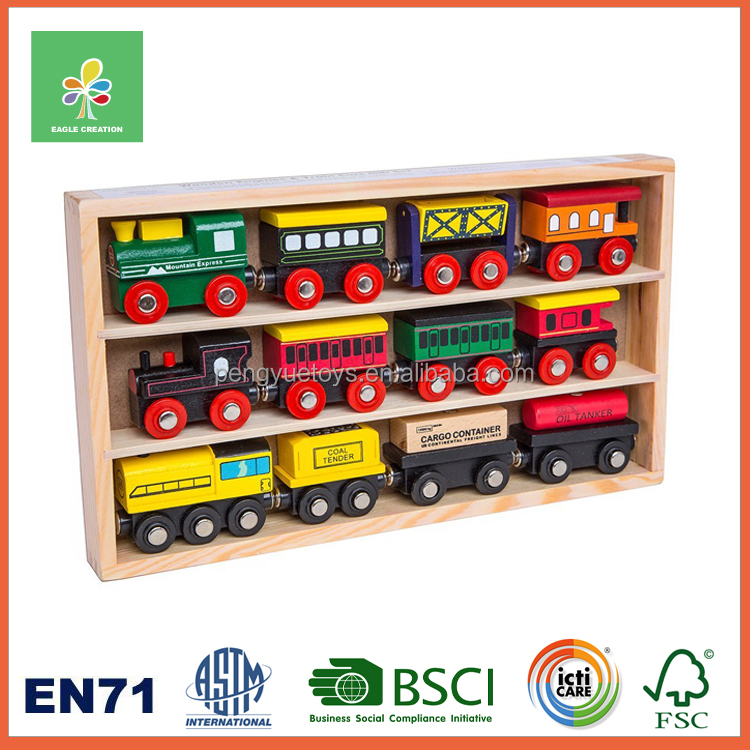 Hot selling wooden train set toys for kids play or gifts