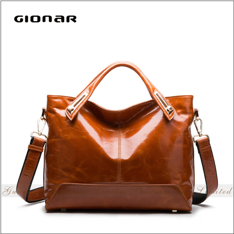 European Retro Classical Women Handbag Vintage Leather Messenger Bag