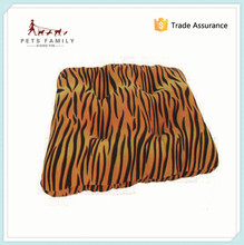 Newest Design Hot Selling Attractive Fashion Wholesale Dog Pet Beds