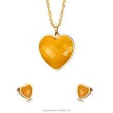 Alibaba high polished vacuum gold plated acrylic heart pendant dulhan necklace and earring sets