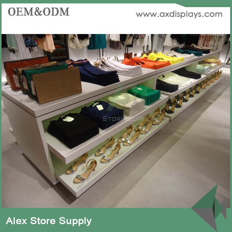 Low cost retail store interior design for clothes shop t-shirt retail shelves