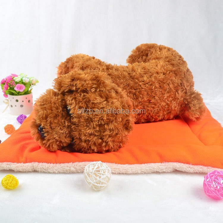Plain Promotional Plush Pet Home Mat Covered Hot Dog Bed