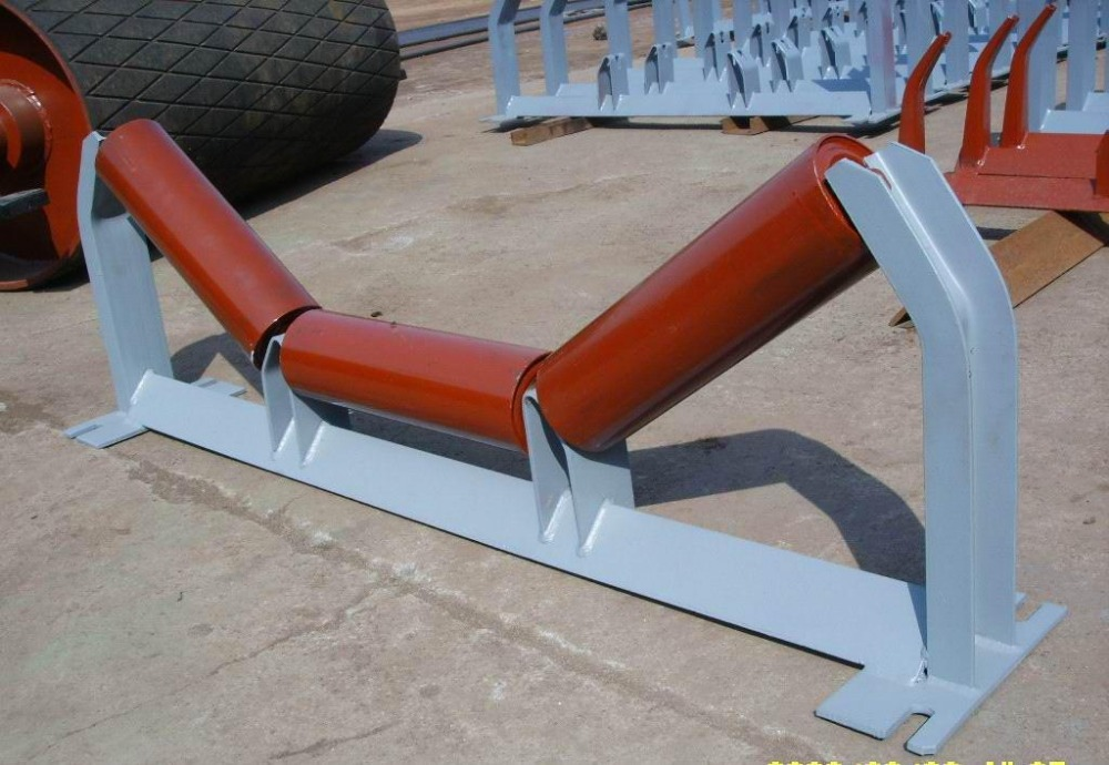 belt conveyor carrier under support guide roller bracket carrying idler
