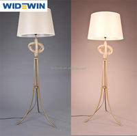 Contemporary and contracted floor lamp sitting room hotel bedroom bed study creative fashion vertical led Chinese style