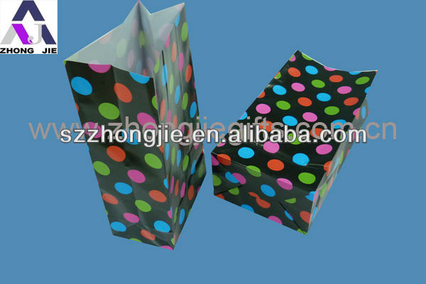 polka dot paper paper bag for gifts