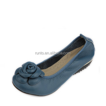 The latest sample image Ladies casual shoes elegant shoes