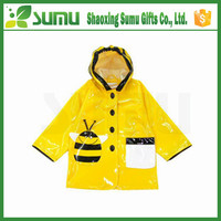 High Quality Waterproof Polyester Kids Rain Poncho Raincoat