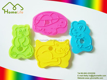 Lovely animal shape cake bread mold plastic cookie cutter