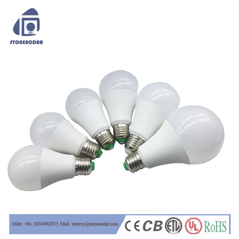 Alibaba china CE RoHS certificated 7W e27 led bulbs light cheap price,led raw material SKD bulb lights ,led bulb light a19