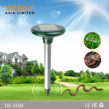 2017 New Outdoor Low Price Solar Ultrasonic Animal Repeller For Snake&MIce&Mole&Dog