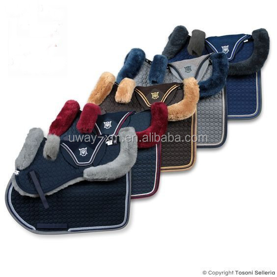 Horse saddle pad set