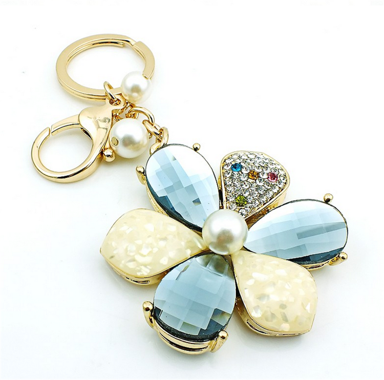 Fashion Hot-selling Bag Hanger Crystal Flower Pearl Charms Keychains