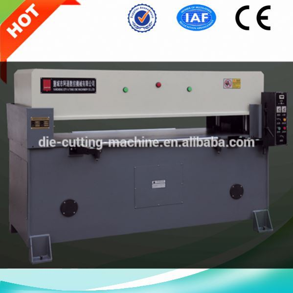 Double cylinder hydraulic automatic mattress foam cutting machine